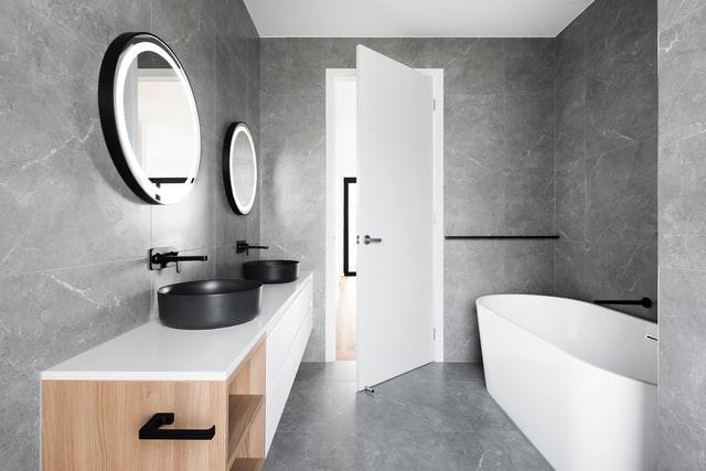 marmerlook badkamer